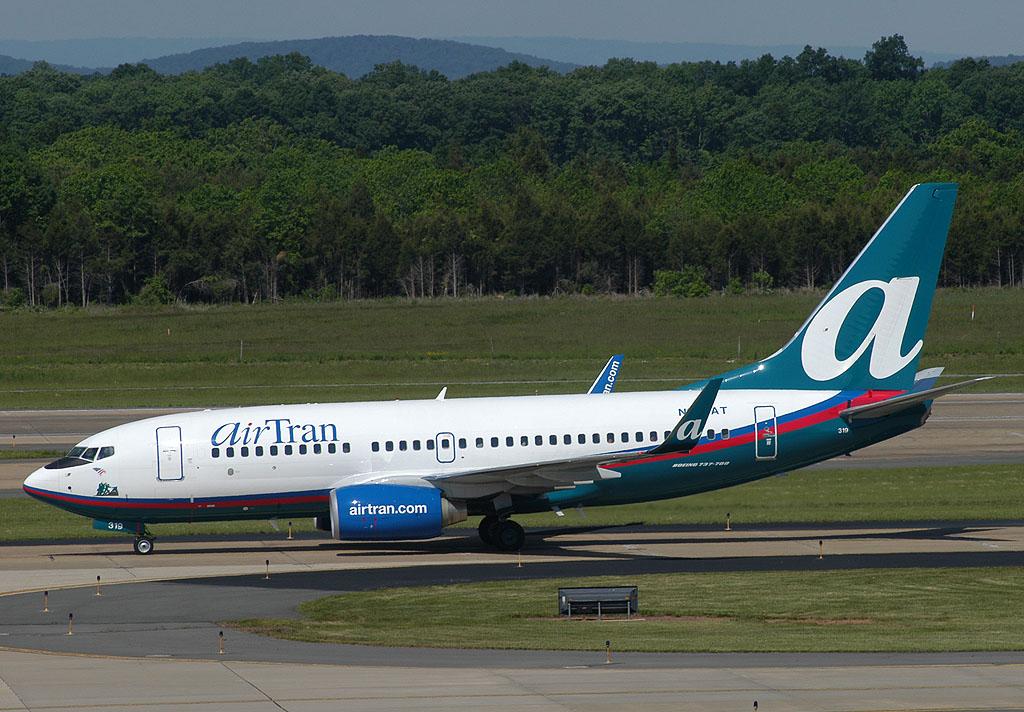 Air Tran Air Airlines 108