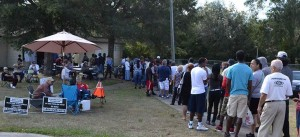 Voters in Orange County, Florida, wait on line for several hours at a polling station on Silver Star Road, November 6, 2012 (File photo: Lance Scurvin/WONO)