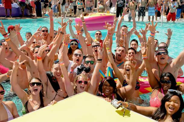 Orlando Ranks 5th Among 'Trashiest Spring Break Destinations'